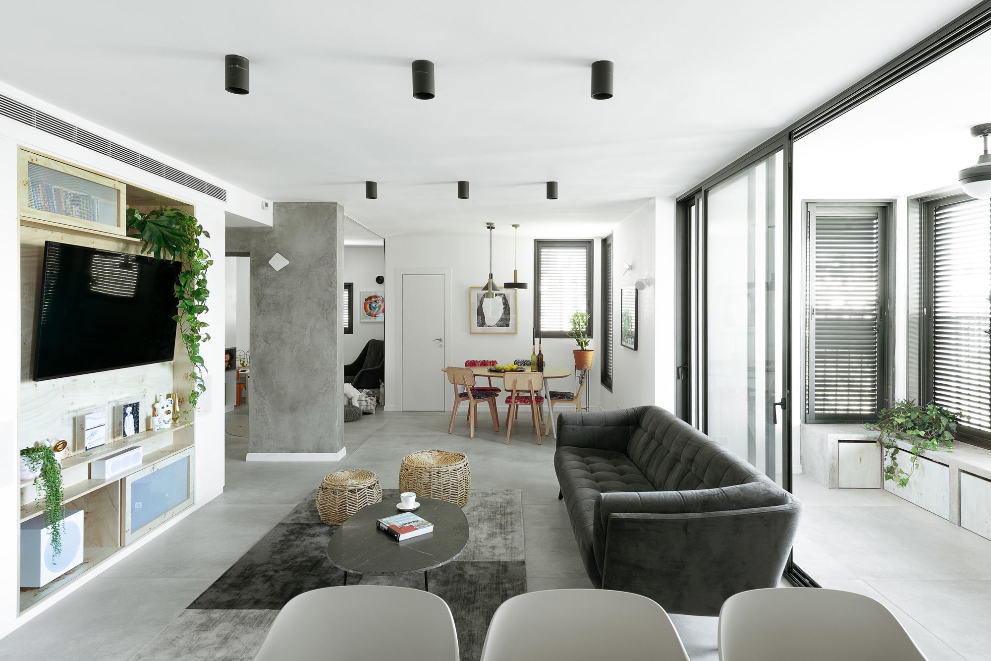 Gallery Of Modern Urban Apartment In Tel Aviv Studio Perri Interior Design 5