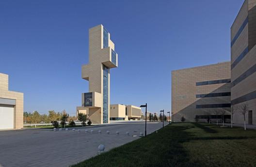 Information plaza. Image © Guangyuan Zhang