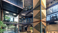 Bays 6-8 Heritage Warehouse Office / BJB Architects