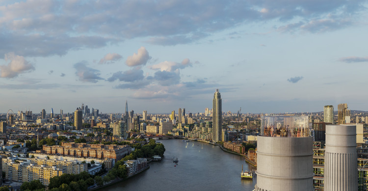 Wilkinson Eyre Unveils Glass Chimney Lift for Battersea Power Station, The Chimney Lift. Image Courtesy of Wilkinson Eyre