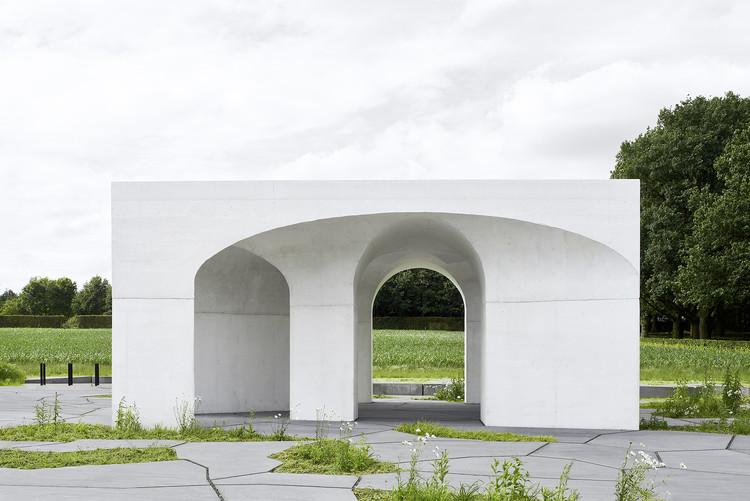 Six Vaults Pavilion / Gijs Van Vaerenbergh | ArchDaily