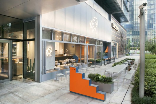 HEYTEA Jing An Kerry Centre / Nota Architects