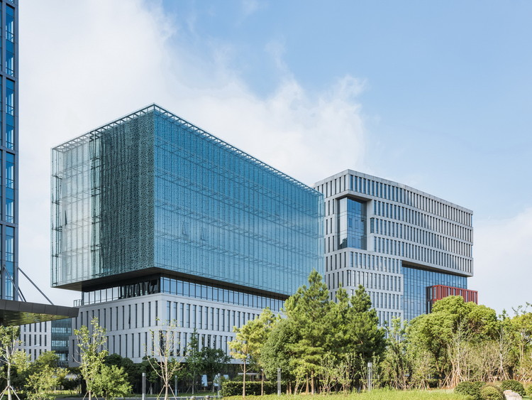 SIPIC Artificial intelligence Industrial Park / FTA Group GmbH