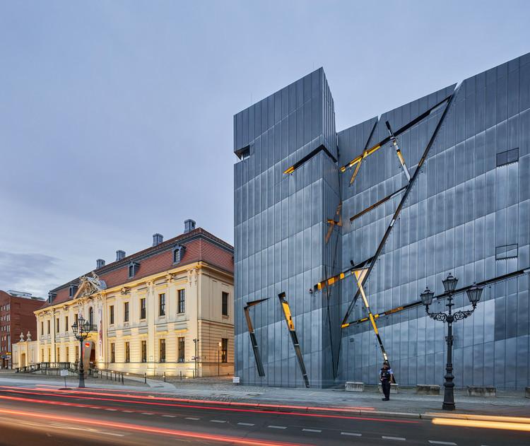 Daniel Libeskind visitará Chile para definir diseño conceptual del Museo Antropológico Regional de Iquique, Museo Judío de Berlín / Daniel Libeskind. Image © Hufton+Crow