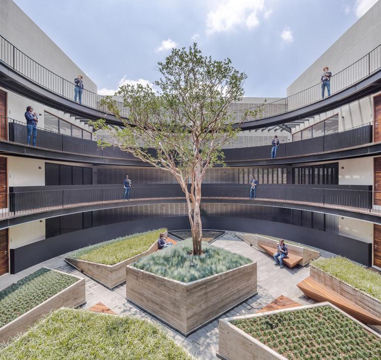 MX581 Building / HGR Arquitectos, © Diana Arnau