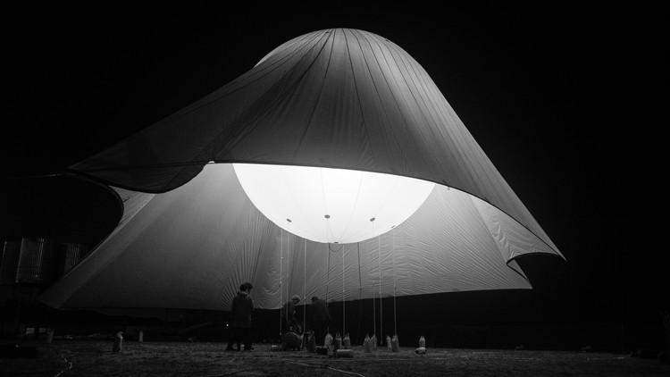 Testeo Pabellón de Helio: ¿cuáles son las posibilidades de la arquitectura inflable?, © Bruno Lança