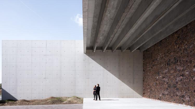 Crematorium Siesegem / KAAN Architecten, © Sebastian van Damme