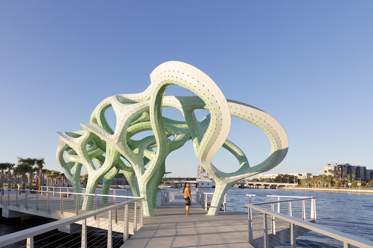Form of Wander / MARC FORNES / THEVERYMANY, © NAARO