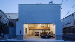 Garage Hall House / Tsukagoshi Miyashita Sekkei + Keitarchi