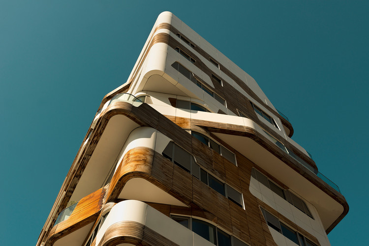 Andres Gallardo Studies Milan's Contrasting Typologies in Contemporary Architecture, © Andres Gallardo