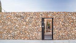 Casa AA / Alventosa Morell Arquitectes