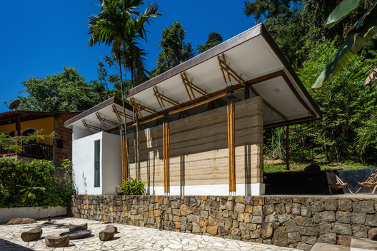 Guesthouse Paraty / CRU! Architects