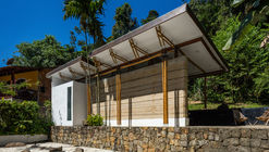 Guesthouse Paraty / CRU! Architects