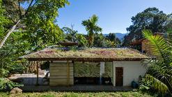 Casa de Huéspedes en Parati / CRU! Arquitectos