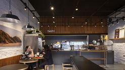 Tasty Salad Shop Comendador / Arquea Arquitetos