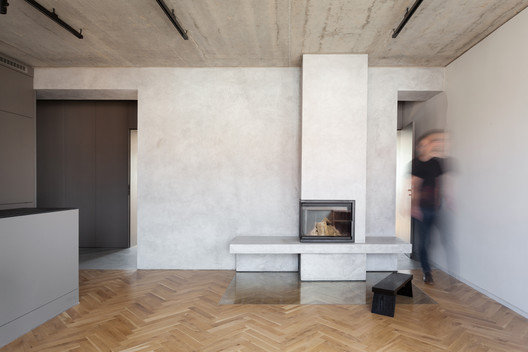 Minimalist Apartment in Prague / COLLARCH