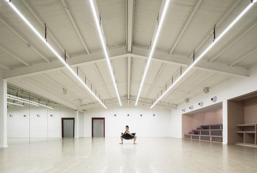 STEPS Dance Academy / SKETCH