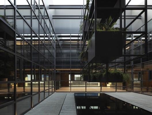 Arkoslight Offices / Francesc Rifé studio
