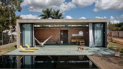 Casa de las Tazas / HUM arquitetos