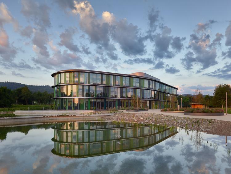 Centro técnico de WALA Heilmittel GmbH / h4a Gessert + Randecker Architekten, © Zooey Braun