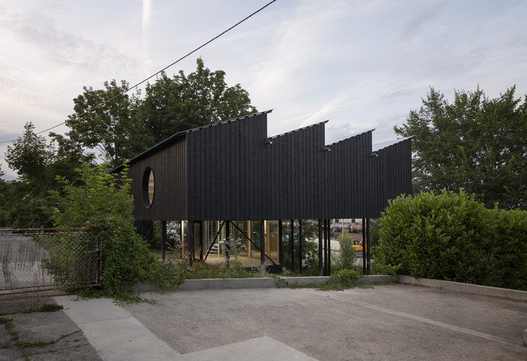 Casa CCFF / Leopold Banchini Architects, © Dylan Perrenoud