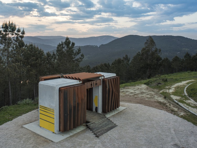 Trado Sustainable Toilets / MOLArquitectura, © Héctor Santos-Diez