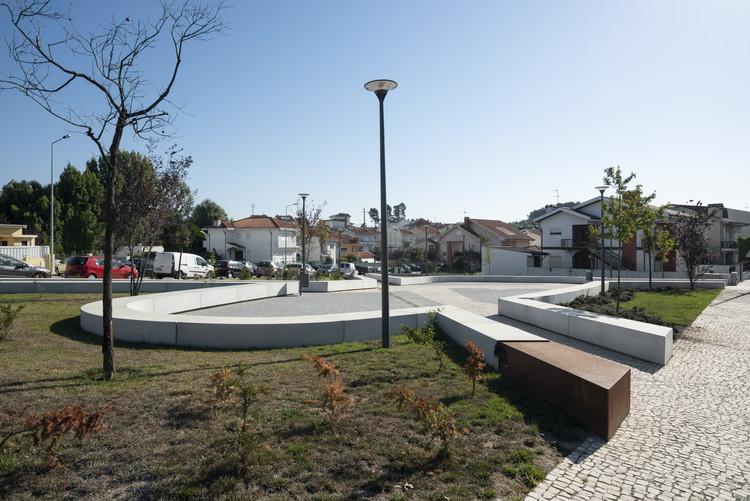 Praça dos Combatentes / Micro Atelier de Arquitectura e Arte, © Miguel Coelho