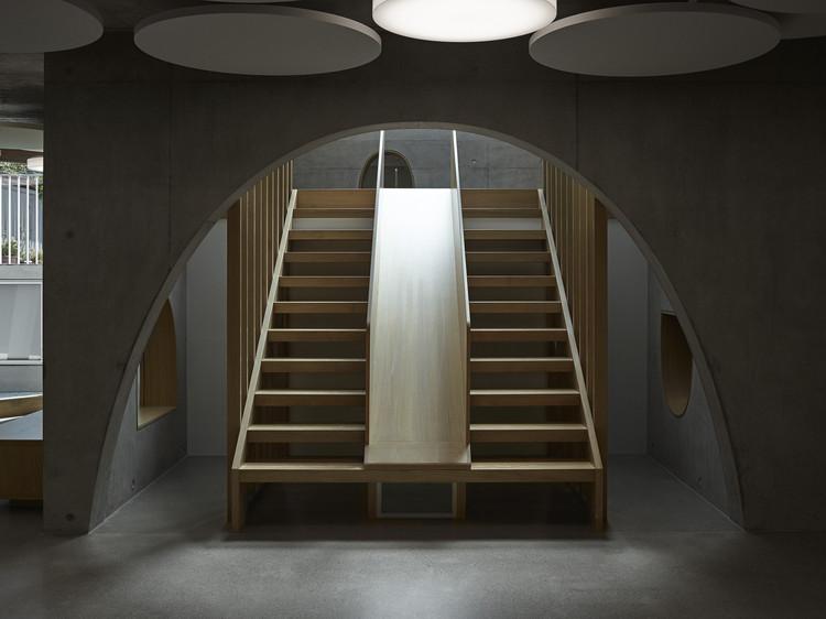 Recreational Community Center « Jardin Robinson du Lignon » / Stendardo Menningen Architectes, © Federal Studio