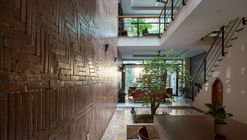 Residencia TDN / i.House Architecture and Construction