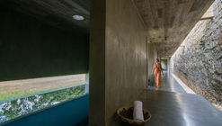 Santani Wellness Resort and Spa / Thisara Thanapathy Associates
