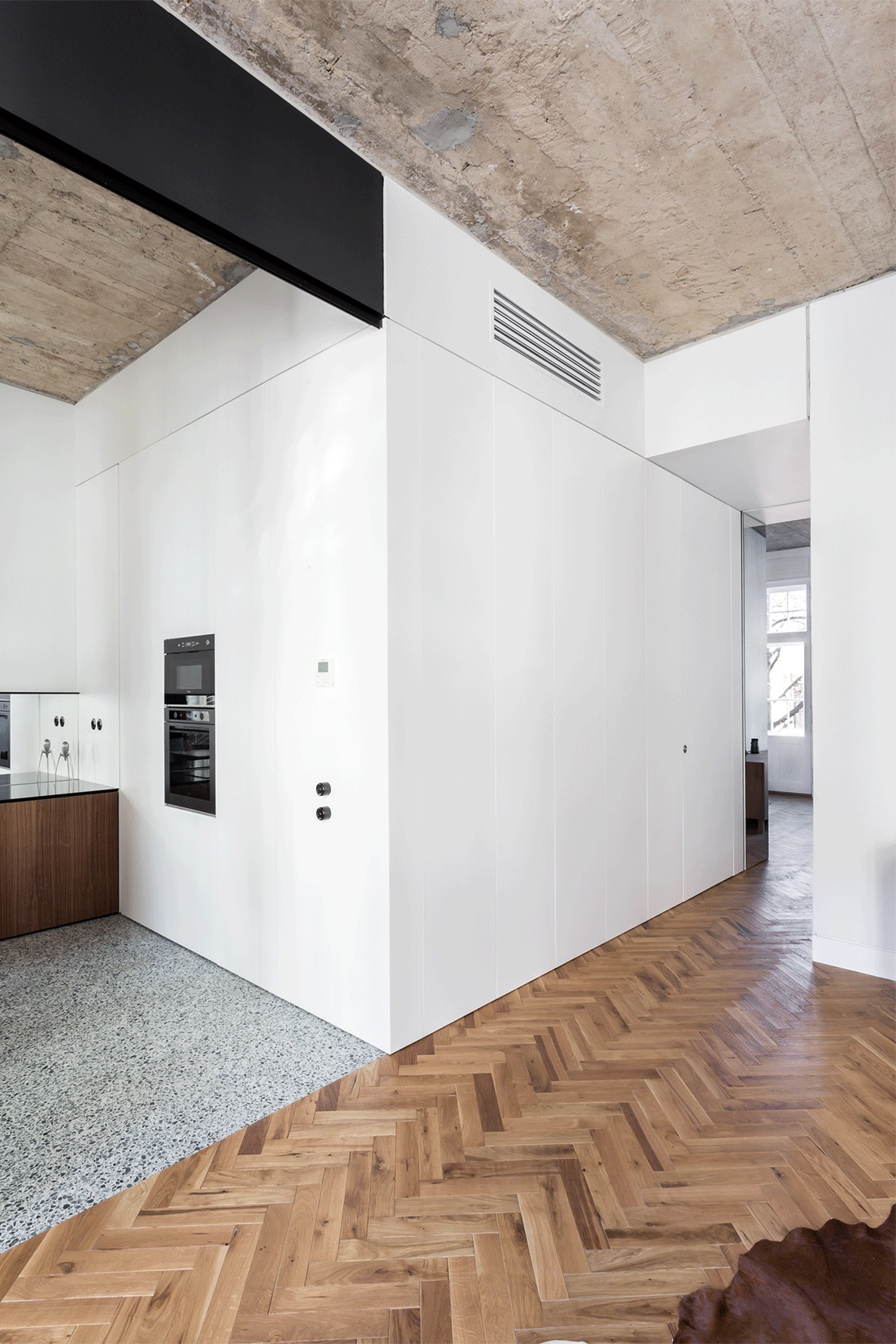 Gallery Of Ertler Apartment Refurbishment Alexandru Szuz Pop 32