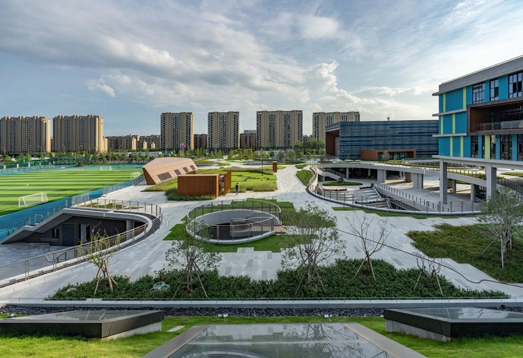 East Campus of Ningbo Xiaoshi High School / United Design Group, © Yu Zhang