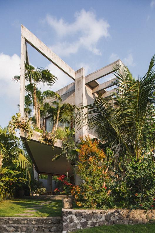 Rumah Padang Linjong Patishandika Archdaily