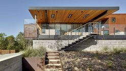 Casa RidgeView / Zack de Vito Architecture + Construction