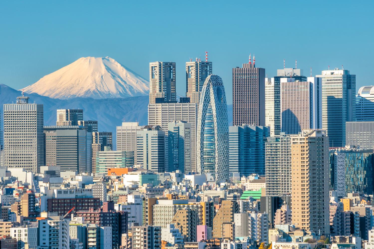 На первом месте у нас нонче Токио, в котором живет 37 с гаком миллионов человек. Это, на минуточку, в 3,5 раза больше, чем во всей Беларуси