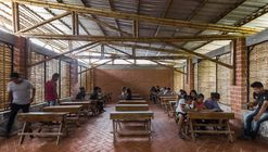 Primera Etapa Escuela Rural Productiva / Bachillerato Rural Digital No.186 + Comunal Taller de Arquitectura