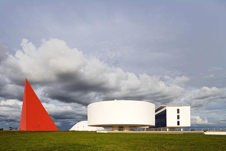Clássicos da Arquitetura: Centro Cultural Oscar Niemeyer / Oscar Niemeyer, © Leonardo Finotti
