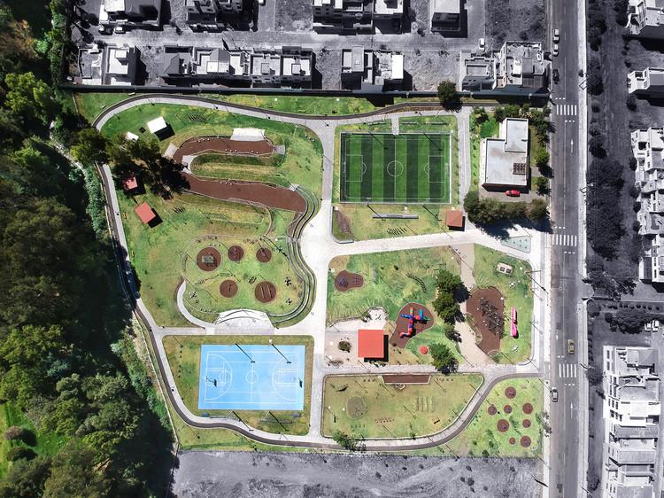 Parque 6 de Junio - Safe Public Space /  (EPMMOP), © Juan Andrés Salas