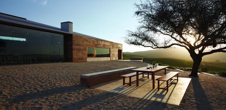 Casas del Bosque: ganadora categoría 'Arquitectura y Paisaje' en el International Best Of Wine Tourism 2019, © Matías Zegers