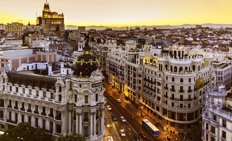 Normativa: ¿el nuevo tratado arquitectónico?, vía Flickr user: Ángela Ojeda Heyper Licensed under CC BY 2.0