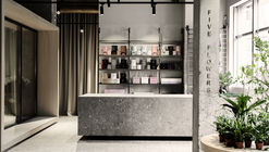 Five Flowers / Nottdesign