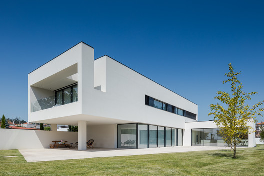 House BL / Hugo Monte