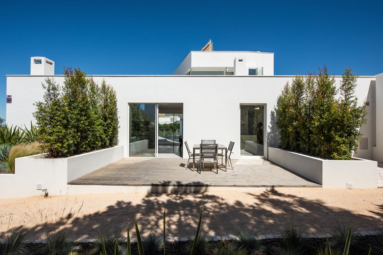 Salicos House Studioarte Archdaily
