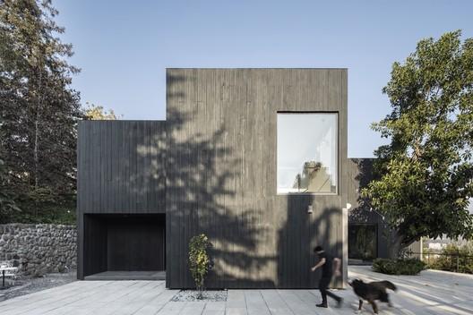 Casa Zupe / Iván Bravo Arquitecto + Bruno Giliberto
