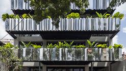Publik Office en SAIGON / Sanuki Daisuke architects