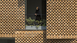 Edificio Residencial Saadat Abad / Mohsen Kazemianfard - fundamental approach architects