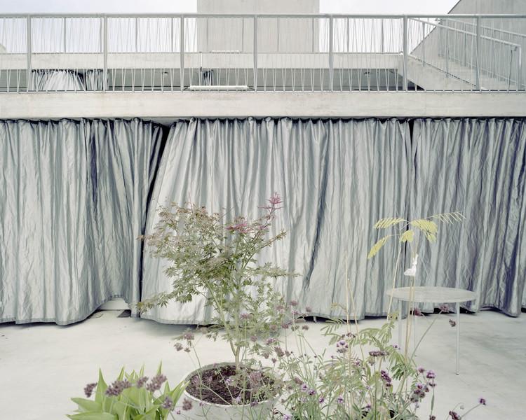 Terrassenhaus Berlin / Brandlhuber + Emde, Burlon + Muck Petzet, © Erica Overmeer