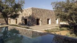 Residência de Pedra em Cáceres / Tuñón Arquitectos