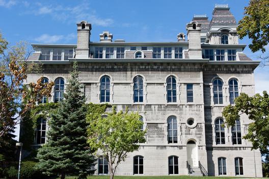 Syracuse University. Image