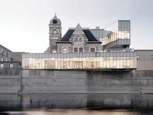 Idea Exchange Old Post Office / RDH Architects. Image via Canadian Architect Magazine
